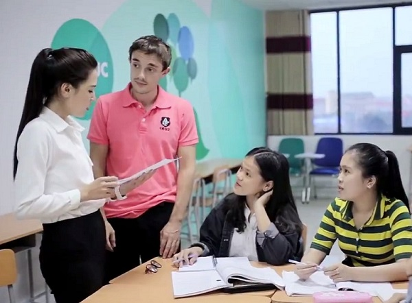 Top trung tâm tiếng anh giao tiếp tốt nhất Nha Trang 2