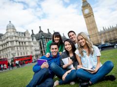 Sự khác biệt giữa trường Cao đẳng và Đại học ở Anh quốc