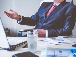 Du học Anh quốc ngành Kinh doanh và Quản lý nên chọn học trường nào?
