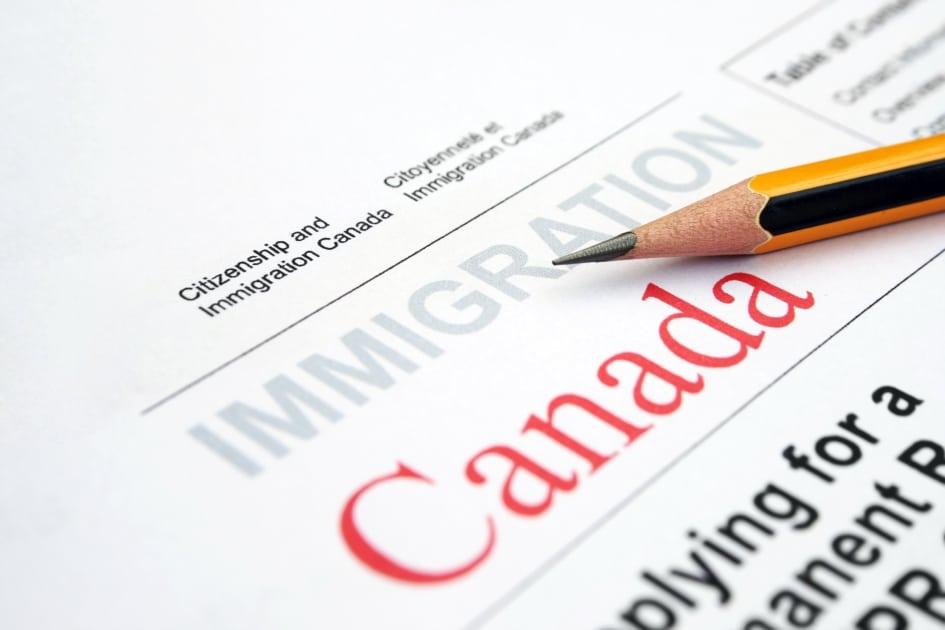 Thông báo: Canada ngưng xử lý hồ sơ xin cấp thị thực do ảnh hưởng của COVID-19 1