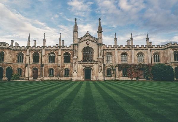 Những Trường Đại Học Hàng Đầu Anh Quốc Năm 2020 Theo Chuyên Ngành 3