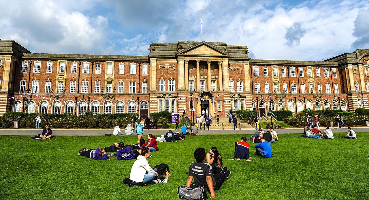 Thông tin Leeds Beckett University: ngành học, học phí, đánh giá 1